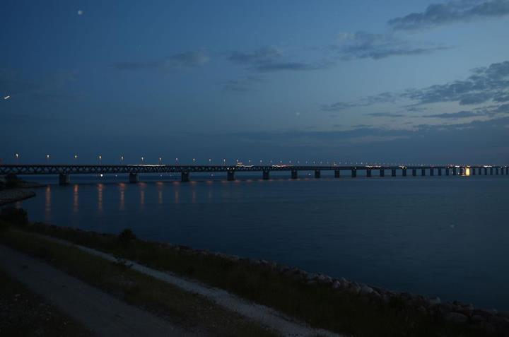 Öresundsbron i kvällsljuset. Foto: Eric Linders